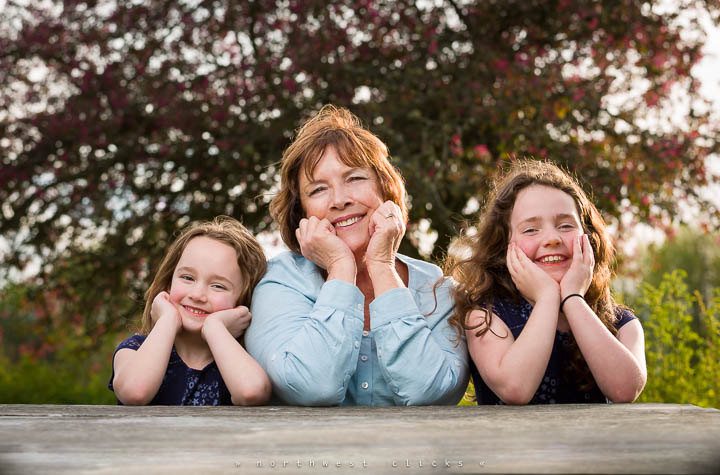 Sammamish professional outdoor kids photographer